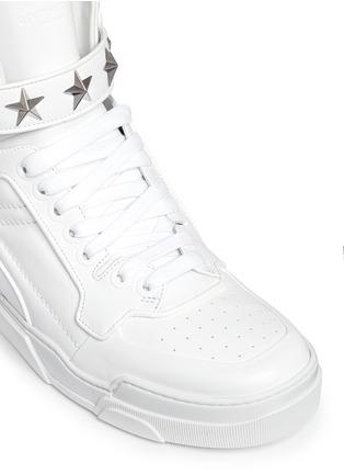 细节 - 点击放大 - GIVENCHY - 'Tyson' star stud high top sneakers