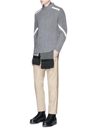 模特儿示范图 - 点击放大 - SACAI - 罗缎拼贴羊毛针织衫