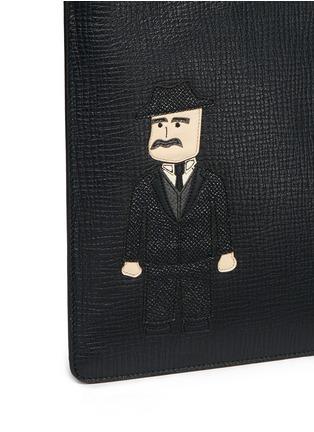 Detail View - Click To Enlarge - Dolce & Gabbana - Sicilian man appliqué medium leather zip pouch