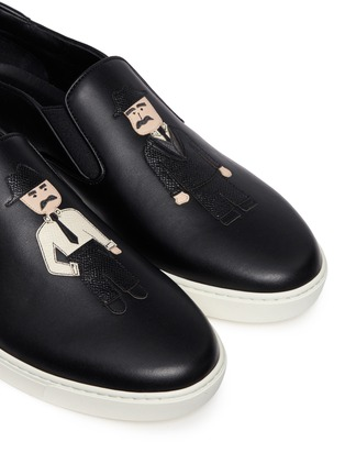 Detail View - Click To Enlarge - Dolce & Gabbana - 'London' Sicilian man appliqué leather sneakers