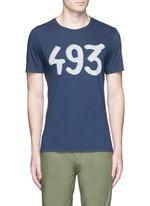 '493' print cotton T-shirt