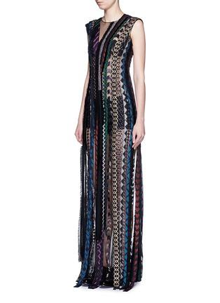 模特儿示范图 - 点击放大 - JINNNN - 曳地几何刺绣条纹拼贴连衣裙