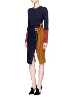 Comme MoiEyelet belt wool melton skirt