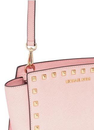 Detail View - Click To Enlarge - Michael Kors - 'Selma' medium stud saffiano leather messenger bag