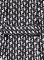 Arrowhead jacquard tie