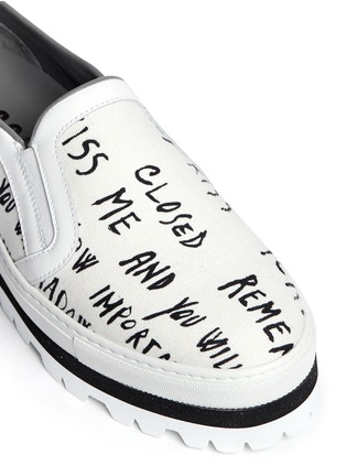 Detail View - Click To Enlarge - MSGM - Text print canvas flatform slip-ons