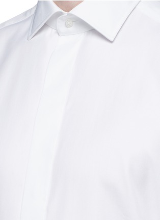 Detail View - Click To Enlarge - Armani Collezioni - Slim fit cotton-silk tuxedo shirt