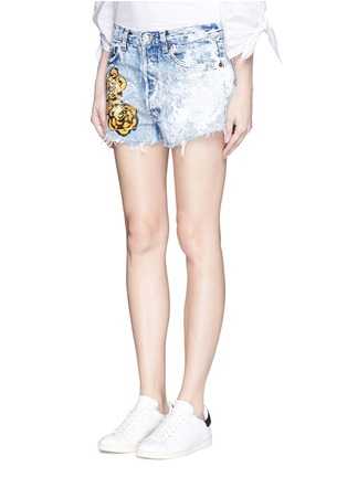 Front View - Click To Enlarge - RIALTO JEAN PROJECT - One of a kind hand-painted rose vintage denim shorts