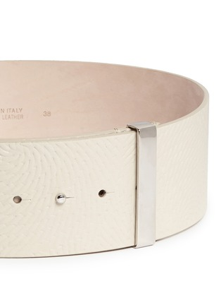 Detail View - Click To Enlarge - Armani Collezioni - Spiral embossed wide leather belt