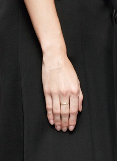 Xiao Wang'Gravity' diamond opal stone 14 gold ring