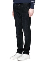 'Cross' carrot fit jeans