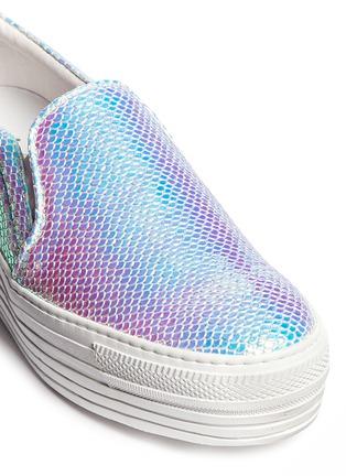 Detail View - Click To Enlarge - Joshua Sanders - 'Babilion' hologram viper print flatform skate slip-ons