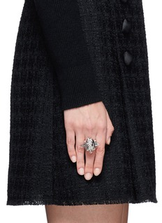 ALEXANDER MCQUEEN Punk rose skull ring