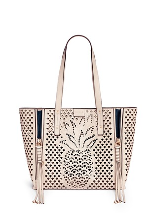 Main View - Click To Enlarge - Chloé - 'Milo' medium pineapple embossed perforated leather tote