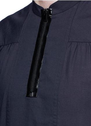 Detail View - Click To Enlarge - Maison Margiela - Zip front cotton poplin shirt