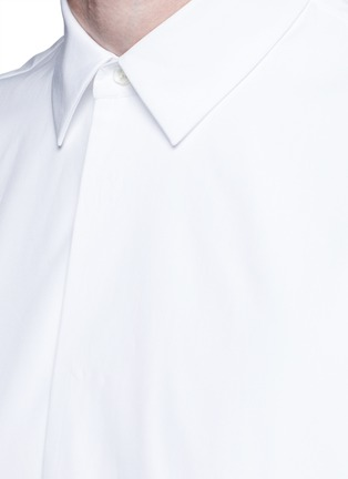 Detail View - Click To Enlarge - Maison Margiela - Oversize bib cotton poplin shirt