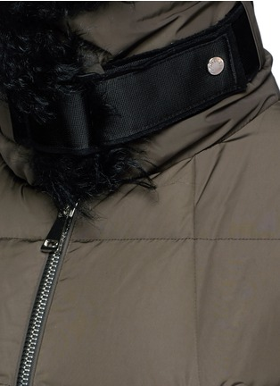 Detail View - Click To Enlarge - Moncler - Fur trim hooded down jacket