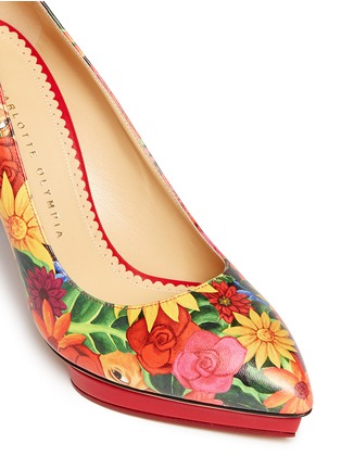 Detail View - Click To Enlarge - Charlotte Olympia - 'Debbie' Frida flower print leather pumps