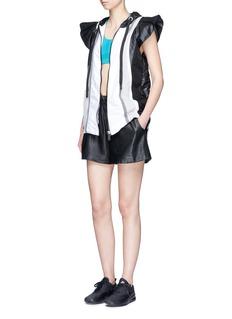 No Ka'Oi'Moe' colourblock hooded performance vest