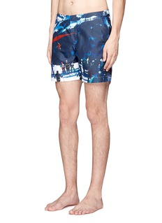 Orlebar Brown 'Bulldog Hulton Getty' gliding print swim shorts