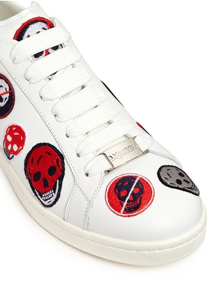 Detail View - Click To Enlarge - Alexander McQueen - 'Larry' skull patch appliqué leather sneakers