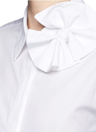 Detail View - Click To Enlarge - VICTORIA, VICTORIA BECKHAM - Butterfly bow poplin shirt
