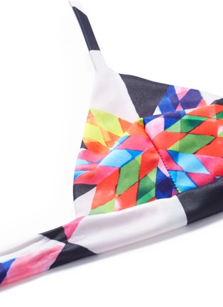 Detail View - Click To Enlarge - Mara Hoffman - Optical graphic wraparound triangle halter bikini top