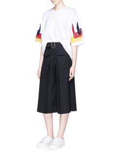 FACETASMTiered fringe sleeve cotton T-shirt
