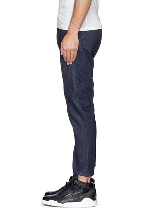 Detail View - Click To Enlarge - SIKI IM / DEN IM - 'Peg' contrast print selvedge jeans
