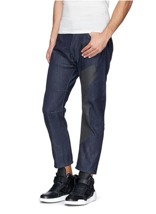 Figure View - Click To Enlarge - SIKI IM / DEN IM - 'Peg' contrast print selvedge jeans