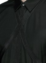 Strap collar cotton shirt
