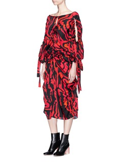 Ellery 'Kabukimono' squiggle print cold shoulder silk dress