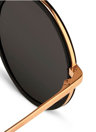 Detail View - Click To Enlarge - Linda Farrow - Aluminium rim round titanium sunglasses