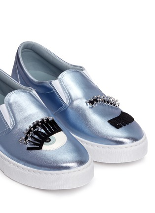 Detail View - Click To Enlarge - Chiara Ferragni - 'Piercing Flirting' eye wink appliqué metallic skate slip-ons