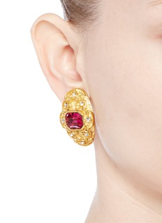 Kenneth Jay LaneGlass stone swirl filigree gold plated clip earrings