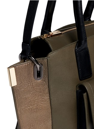 Detail View - Click To Enlarge - TIME'S ARROW - 'Jo' mini duo colour leather tote