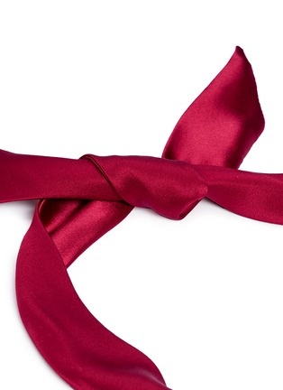 Detail View - Click To Enlarge - Yunotme - 'Fork' twist silk bow headband