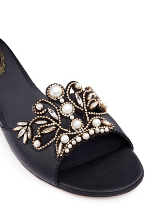 Detail View - Click To Enlarge - René Caovilla - Strass pearl appliqué leather slide sandals
