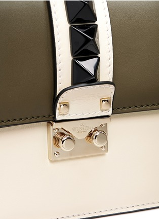 Detail View - Click To Enlarge - Valentino - 'Rockstud Lock' small leather chain bag