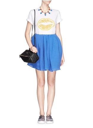 Figure View - Click To Enlarge - MARKUS LUPFER - 'Lemon Smacker Lip' sequin Alex T-Shirt