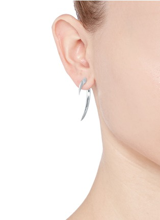 Figure View - Click To Enlarge - Shaun Leane - Small silver hook earrings