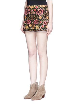 Front View - Click To Enlarge - alice + olivia - 'Marisa' floral embroidery shorts