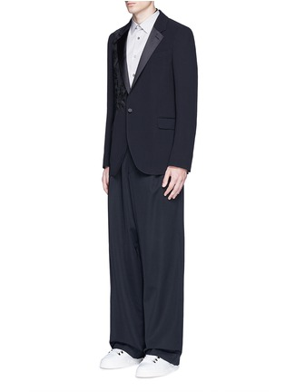 Figure View - Click To Enlarge - Alexander McQueen - Waxed floral embroidery crepe blazer