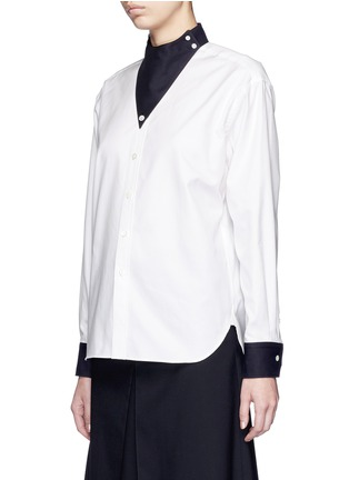 Front View - Click To Enlarge - Hyke - Triangle collar cotton shirt