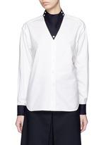 Triangle collar cotton shirt