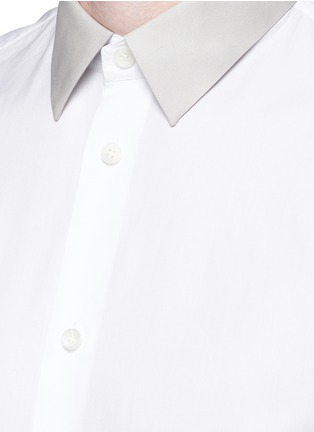 Detail View - Click To Enlarge - Balenciaga - Contrast collar cotton poplin shirt