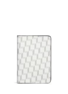 PIERRE HARDYPerspective Cube拼色立方体印花护照夹
