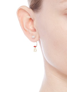 Delfina Delettrez 'ABC Micro Lips Piercing' freshwater pearl 18k yellow gold single earring – D