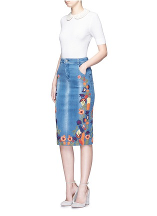 Figure View - Click To Enlarge - alice + olivia - 'Samir' floral embroidery denim pencil skirt