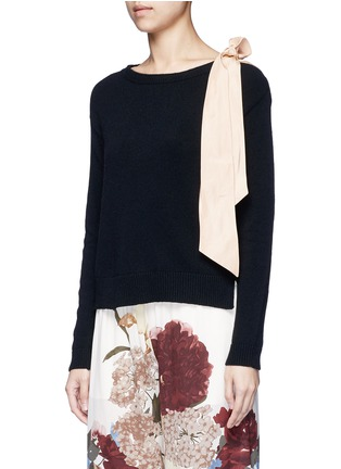 Front View - Click To Enlarge - Valentino - Contrast silk sash cashmere blend sweater